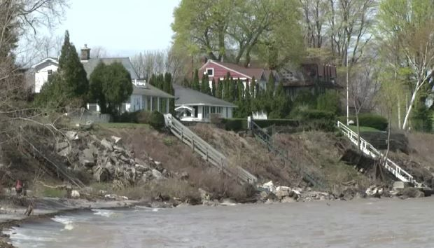 New rules or rain? Lake Ontario residents seethe over floods