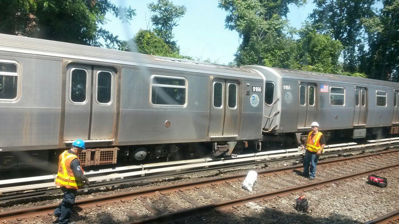 Train derailment alters B/Q service in Brooklyn; Signal problems impact service in Queens