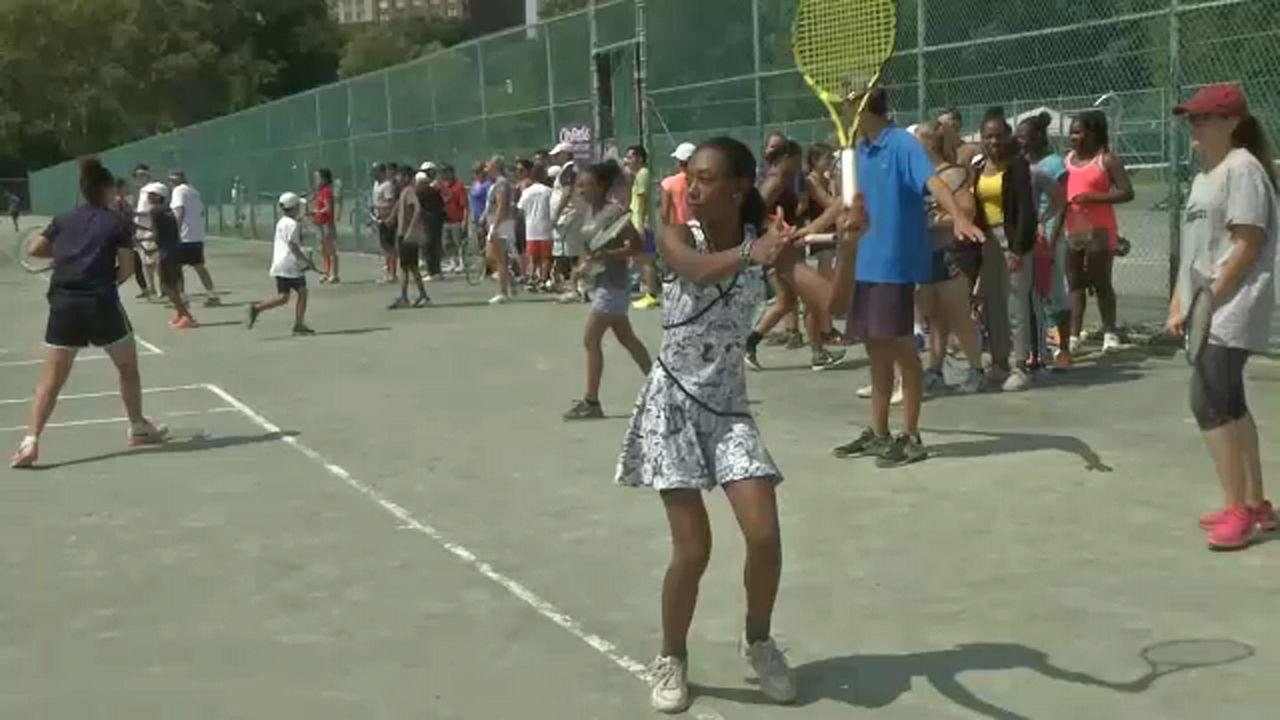 Rafael Nadal cruises through in US Open first round