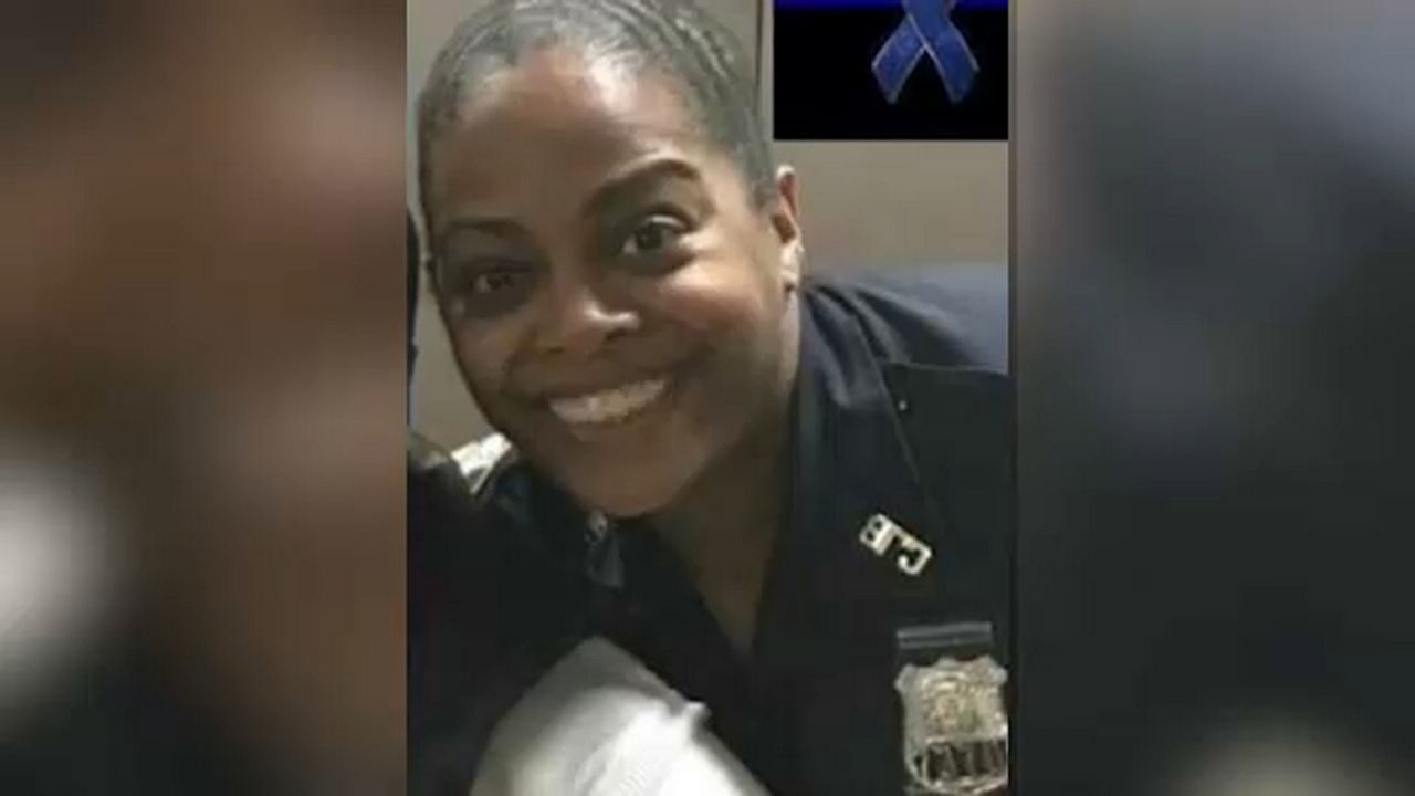 Slain Bronx NYPD Officer Praised as Devoted to Job, Her Kids