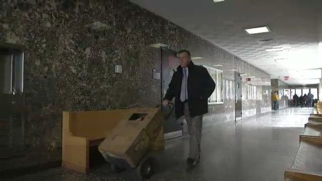 Judge Weighs Whether Box of Potatoes Will Be Admitted as Evidence in Trial of Etan Patz's Alleged Killer