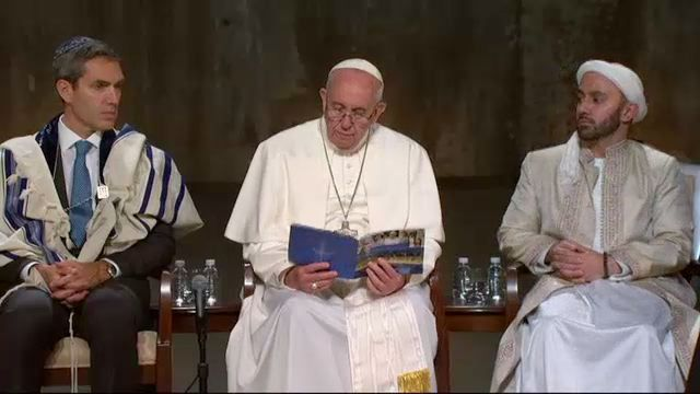 Pope Francis Leads Multi-Faith Ceremony at 9/11 Memorial