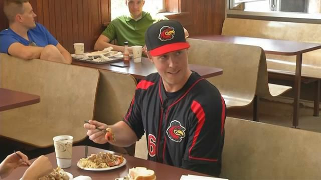 Rochester 'Plates' pitcher throws down signature dish