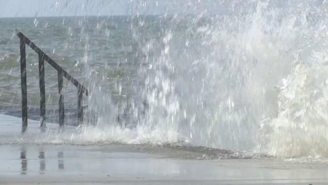 High Winds Make Waves for Lakefront Homeowners in Greece