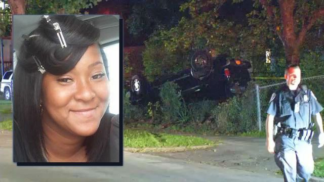 Rochester woman dies after Remington Street crash