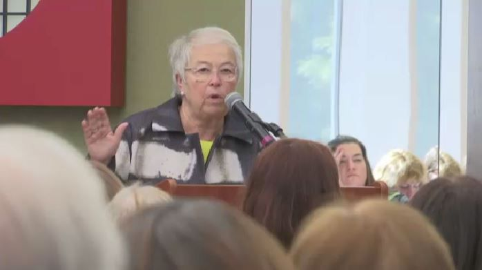 Farina Speaks at Staten Island Foundation Event