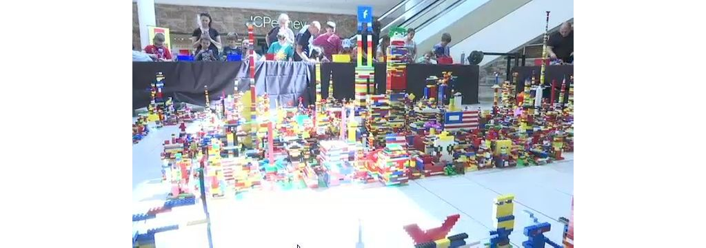 Little Lego Fans Create Display at Staten Island Mall