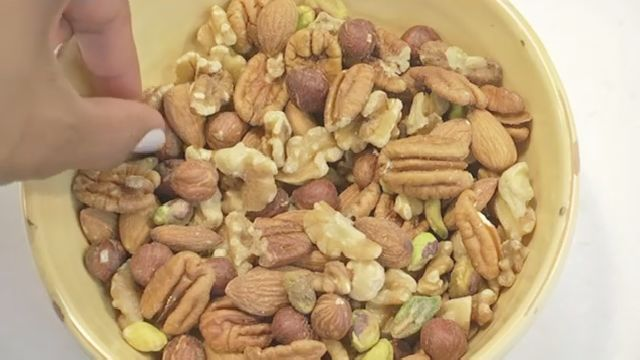Study: Tree Nut Consumption Cuts Risk of Colon Cancer Recurrence