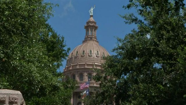 Democrat, Libertarian Vie for Texas House District 49 Seat