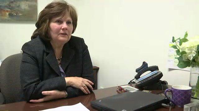 SI Financial Advisor Empowers Women Through Education