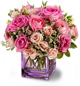 Not Quite So Much Of A Traditional Holiday Look Great All Around Winter Flower Bouquet Either For Yourself Or Friend