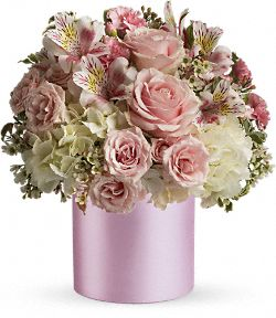 Teleflora�s Sweet Pinks Bouquet