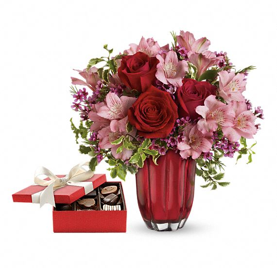 Heart�s Treasure Gift Set 1 Flowers
