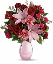 Teleflora's Roses and Pearls Bouquet Flowers