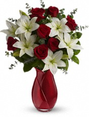 Teleflora's Look of Love Bouquet Flowers