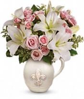 Teleflora's Fleur-de-Love Bouquet Flowers