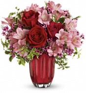 Heart's Treasure Bouquet by Teleflora Flowers