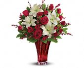 Love's Passion Bouquet by Teleflora, picture
