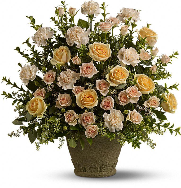 Teleflora's Rose Remembrance Flowers