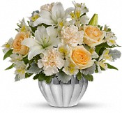Teleflora's Kiss Me Softly Flowers