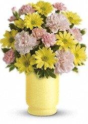 Telelflora's Bright Day Bouquet