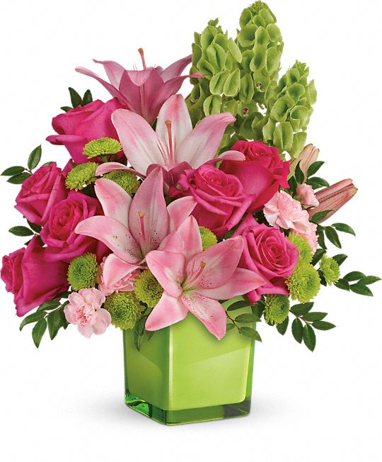 Teleflora's In Love With Lime Bouquet Flowers