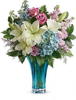Heart's Pirouette Bouquet Flowers