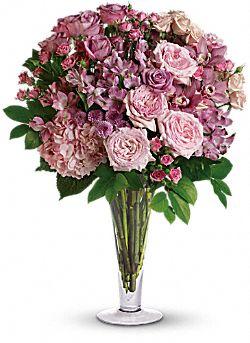A La Mode Bouquet with Long Stemmed Roses Flowers