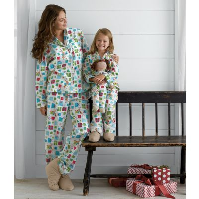 Mother, Daughter & Doll Under the Tree Flannel Pajamas