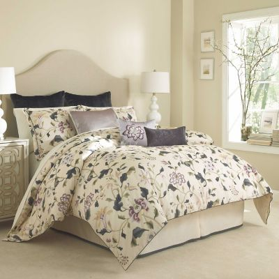 Charisma® Eve Bedding