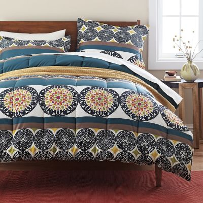 Marco 300-Thread Count Wrinkle-Free Comforter