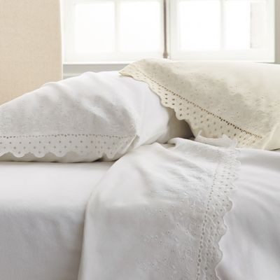 Velvet Lace Flannel Bedding