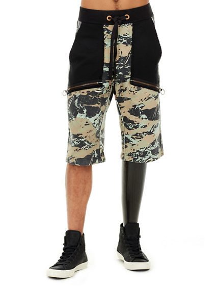 CAMO BLOCKED MENS SWEATSHORT