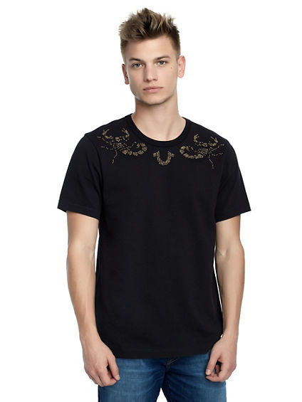 MENS EMBELLISHED SCORPION TEE