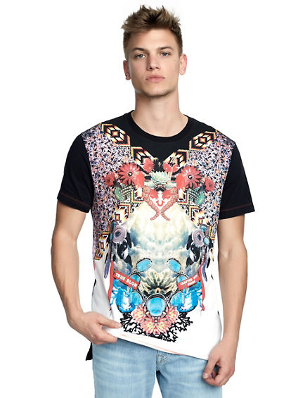 MENS DESERT OASIS STEP HEM GRAPHIC TEE