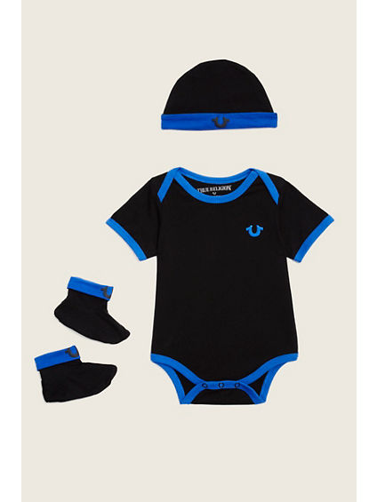 BRANDED 3 PIECE BABY GIFT SET