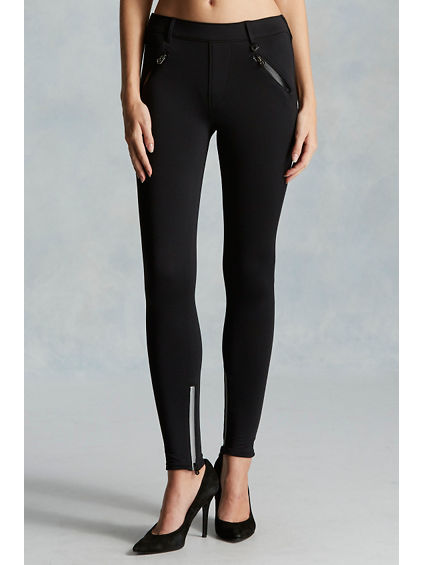 THE RUNWAY PERFORMANCE WOMENS LEGGING