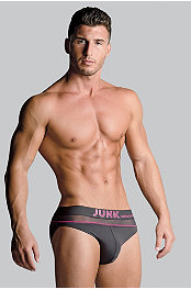 Junk Underjeans Spark Brief