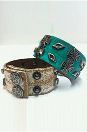 Smash® Cross Leather Cuff