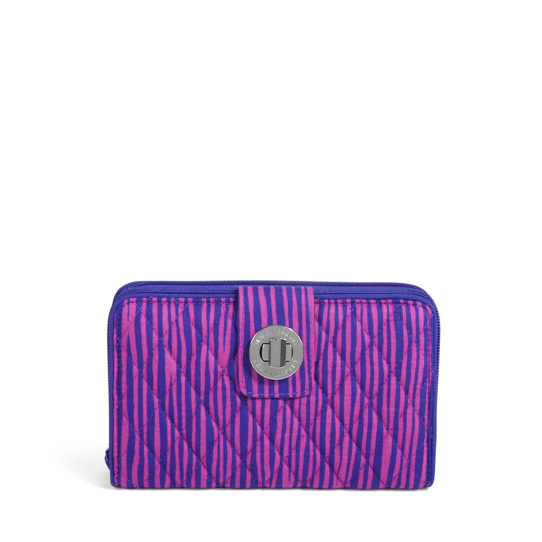 how to clean vera bradley wallet