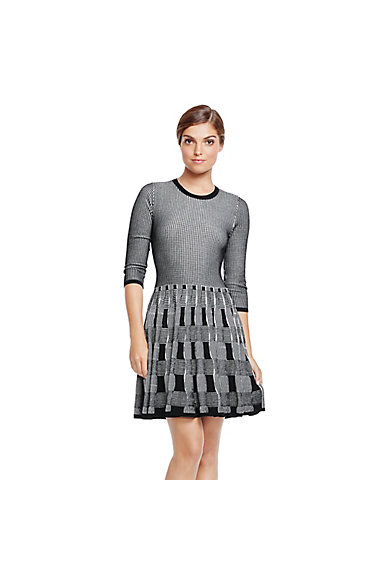 VINCE CAMUTO TEXTURED KNIT FIT AND FLARE SWEATER DRESS