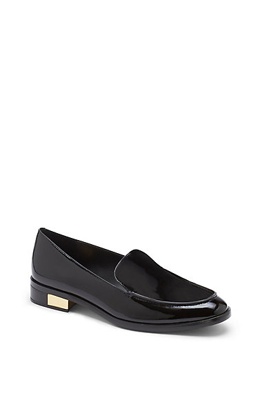 VC SIGNATURE FARVA- PATENT LEATHER SPLIT HEEL LOAFER