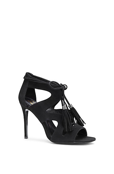 VC SIGNATURE MANDERS- CUTOUT LACE UP HIGH HEEL