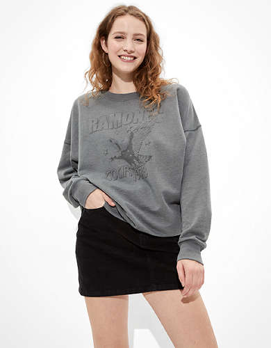 Tailgate Women's Ramones Graphic Sweatshirt