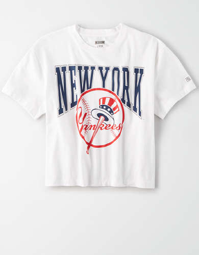 Tailgate Women's New York Yankees Cropped T-Shirt