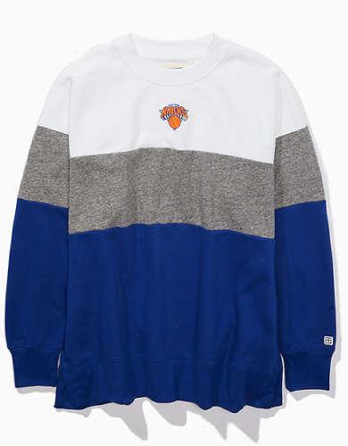 Tailgate Women's NY Knicks Colorblock Sweatshirt