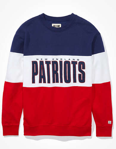Tailgate Women's New England Patriots Colorblock Sweatshirt