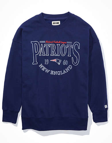 Tailgate Women's New England Patriots Oversized Fleece Sweatshirt