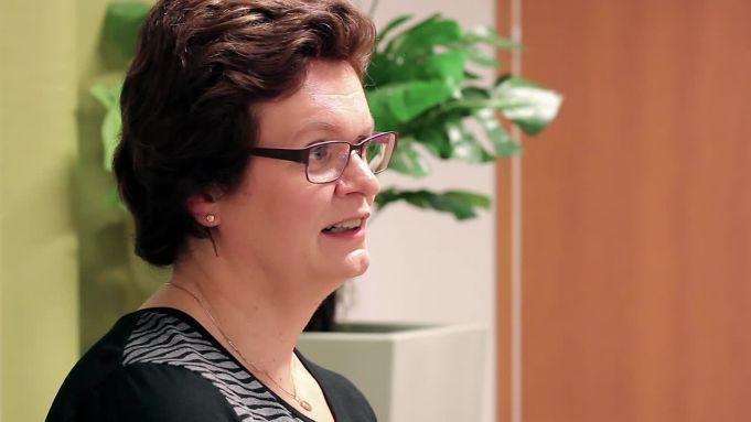 AIG:n Naisten Syöpävakuutus -asiakkaan haastattelu
