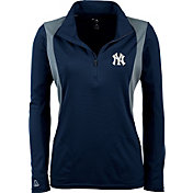 Antigua Women's New York Yankees Delta Navy Quarter-Zip Pullover